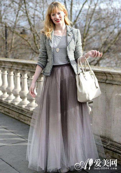 欧美街拍短外套+长裙搭配